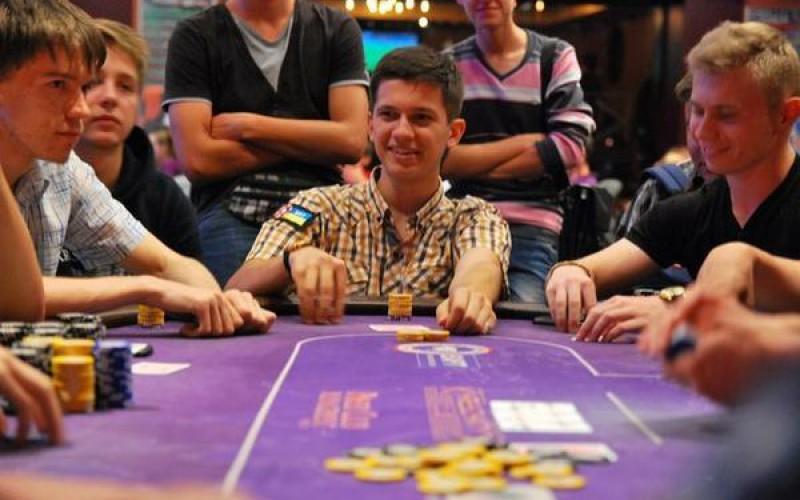 """Первый турнир сезона (Дневник игрока, организатора """"Student Poker Tour"""")"""