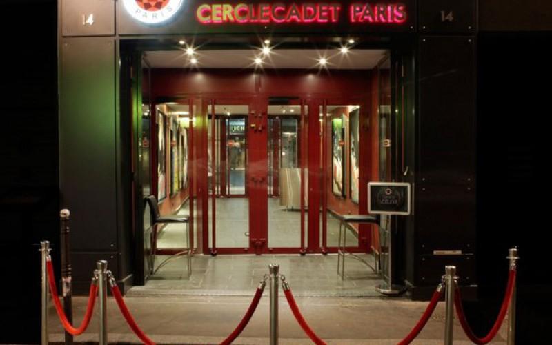 В популярный французский покерный клуб Cercle Cadet нагрянула полиция