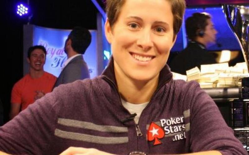 Ванесса Селбст – самый стабильный игрок в покер
