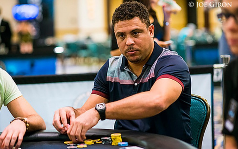 "Роналдо на PCA 2015: ""Я полностью влюблён в покер"""