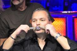 Верни золотой браслет WSOP немецкого хайроллера и получи €20,000