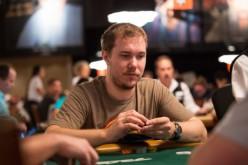 Кострицын выиграл более $900 000 за текущий месяц