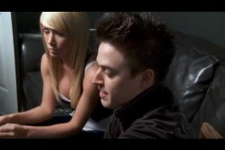 Обучение блондинки покеру