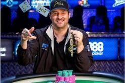 Фил Хельмут выиграл 14-й браслет WSOP