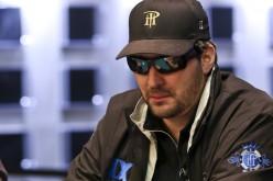 WSOP 2015: Фил Хельмут на пути к очередному браслету